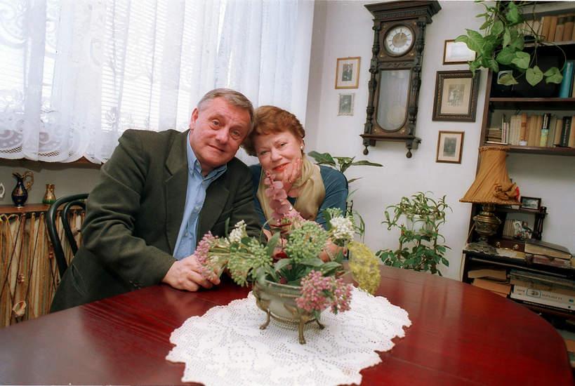 Ewa Wawrzoń, aktorka Samego życia i Na dobre i na złe, jej mąż Janusz Bukowski, 2001 rok