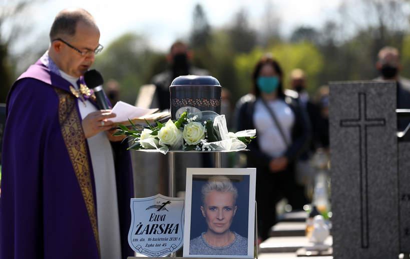 Ewa Żarska, Piotrków Trybunalski, pogrzeb, 27.04.2020