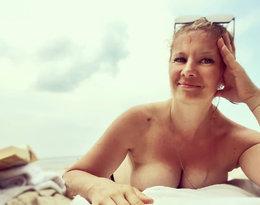 Gwiazdy topless na wakacjach: Anna Powierza