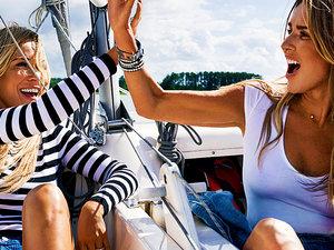 Hanna Lis i Joanna Przetakiewicz o przyjaźni damsko-męskiej w nowym wydaniu magazynu VIVA!, sierpień 2017