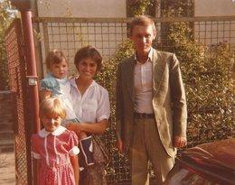 Izabela Jaruga-Nowacka z mężem Jerzym Nowackim oraz córkami: Barbarą i Katarzyną