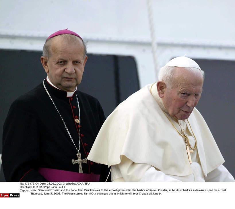Jan Paweł II, Stanisław Dziwisz, Rijeka, Chorwacja, 05.06.2003