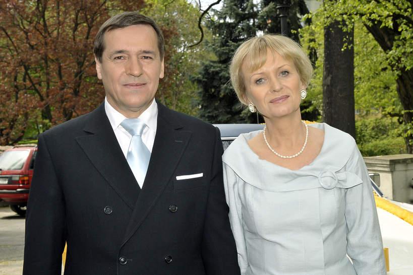 Jan Pęczek, Sławomira Łozińska, Barwy szczęścia, kwiecień 2009