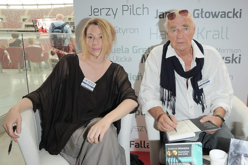 Janusz Głowacki z córką Zuzanną, 24.05.2014 Warszawskie Targi Książki