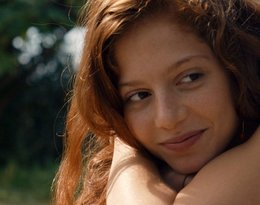 Jenna Thiam, żona Salvadora Sobrala