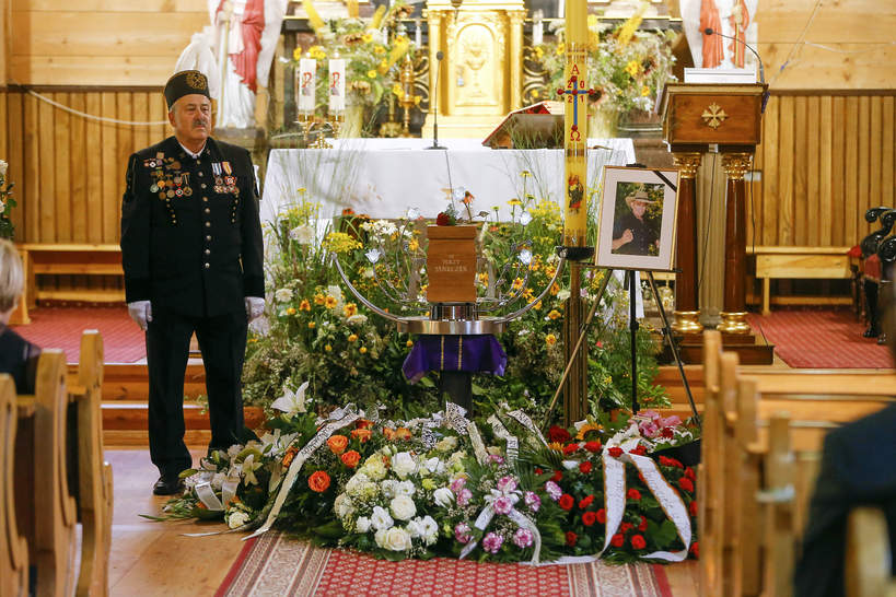 Jerzy Janeczek: pogrzeb. Pogrzeb Jerzego Janeczka, Lutkówka pod Łowiczem, 20.07.2021 rok