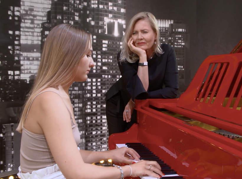 Karolina Matej, wnuczka Grażyny Szapołowskiej, The Voice of Poland, Grażyna Szapołowska