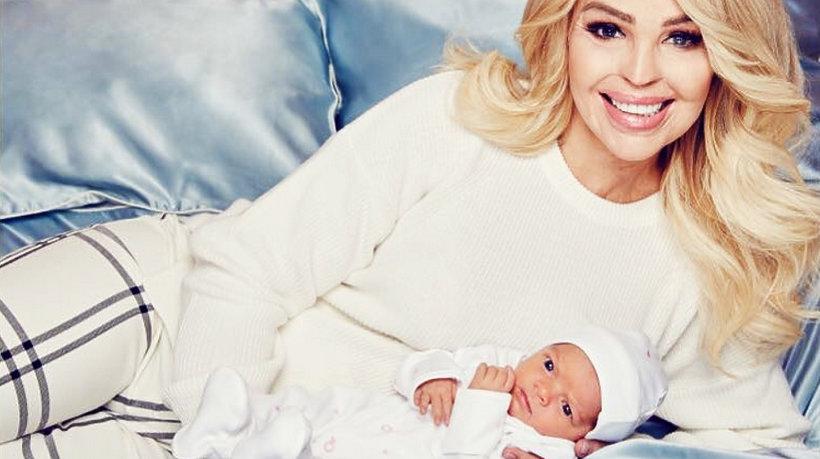 Katie Piper, modelka oblana kwasem, po raz drugi została matką