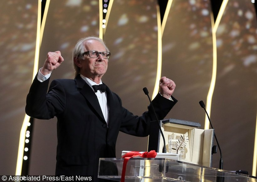 Ken Loach odbiera nagrodę na 69. festiwalu w Cannes