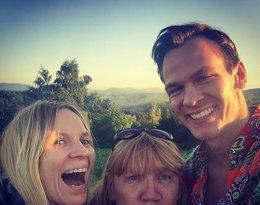 Kim jest Szymon Komasa, brat Mary Komasy? Zdjęcia, Instagram: na zdjęciu z siostrą i mamą Giną