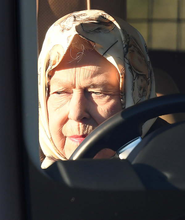 Królowa Elżbieta II, Elżbieta II