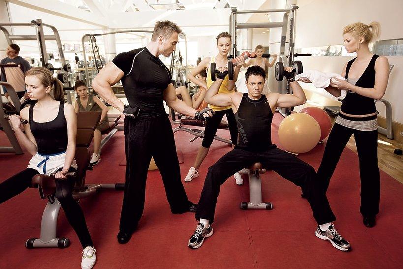 Krzysztof Ibisz na siłowni