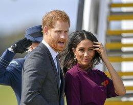 Książę Harry złapał księżną Meghan za pupę, wsiadając do samolotu, gdy opuszczali Australię
