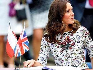 Księżna Kate stylizacje,  Księżna Kate w Polsce,  jamnik