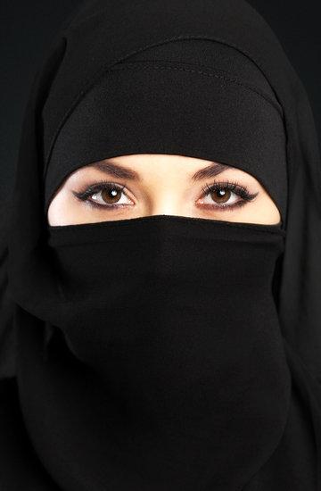 Laila Shukri, Jestem żoną terrorysty o wychowywaniu dzieci na kamikaze