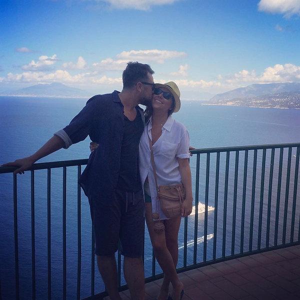 Luksusowe życie Oli Kwaśniewskiej i Kuby Badacha na Instagramie: podróże, czułości, szczęście