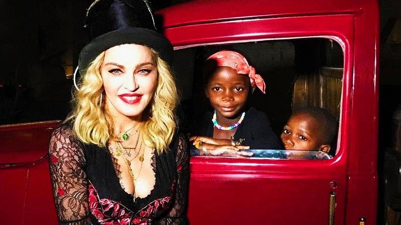 Madonna przeprowadza się z dziećmi z Malawi do Lizbony