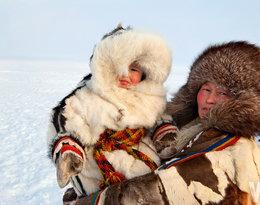 Mama i córka na Syberii
