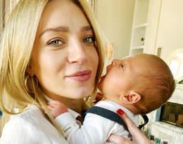 Pozowała z synkiem podczas kąpieli do zdjęć. Martyna Gliwińska w ogniu krytyki!