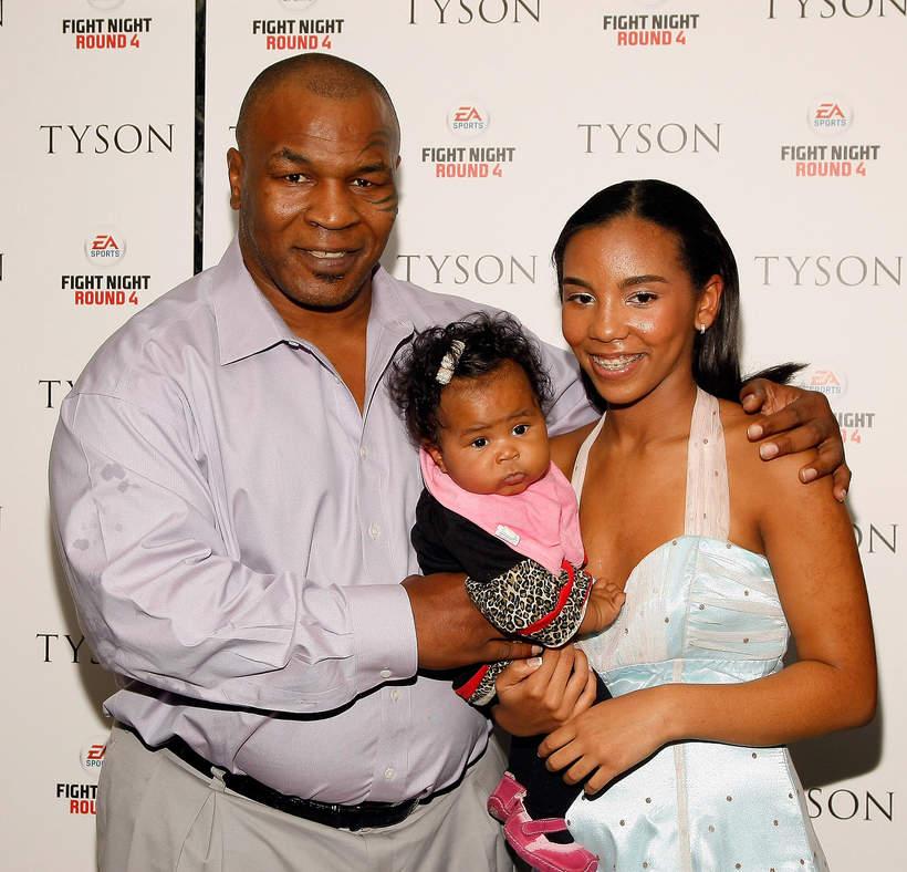 Mike Tyson z córkami, Nowy Jork, 20.04.2009 rok,