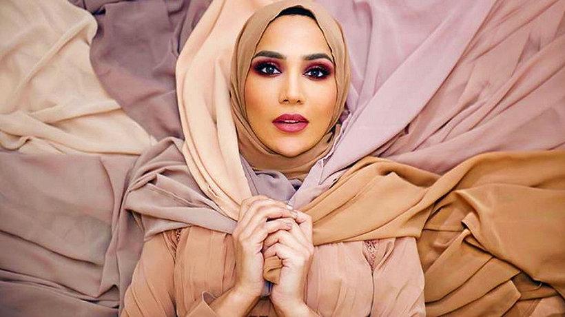 Modelka w hidżabie: kontrowersje