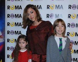 Natalia Kukulska z córką Anną i synem Janem na premierze w Teatrze Roma, 26.11.2011