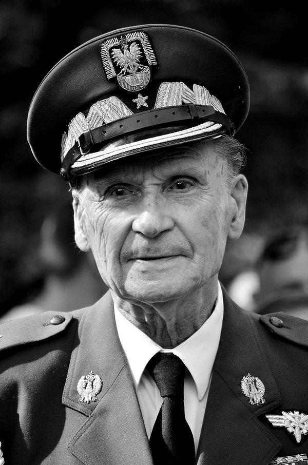 Nie żyje generał Zbigniew Ścibor Rylski, powstaniec warszawski. Miał 101 lat