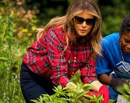 """Niestosowne stylizacje Melanii Trump. """"Stanowisko zobowiązuje"""", piszą fani. Zobaczcie największe modowe wpadki pierwszej damy!"""