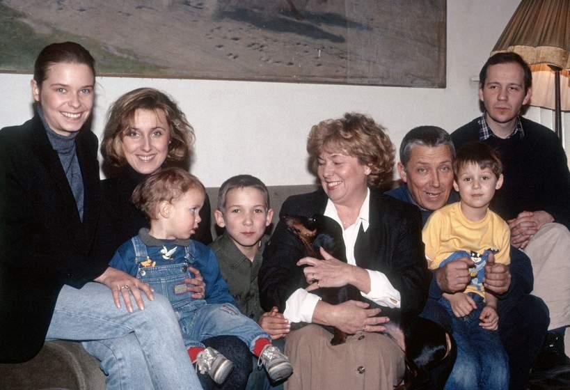 Paulina Młynarska, Agata Młynarska, Jan Młynarski, Adrianna Godlewska, Wojciech Młynarski, Warszawa, grudzień 1990