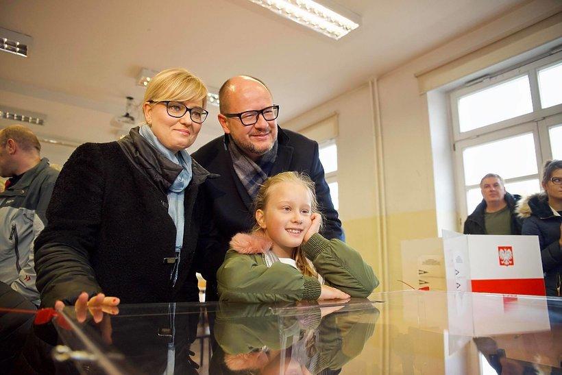 Paweł Adamowicz z rodziną: żoną Magdaleną i córką Teresą