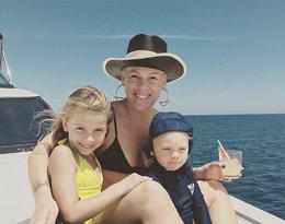 Pink z dziećmi: córką Willow i synem Jamesonem