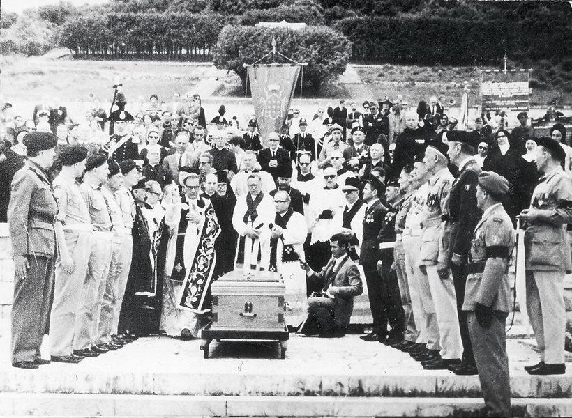 pogrzeb generała Andersa na Polskim Cmentarzu Wojennym na Monte Cassino, 1970 r.