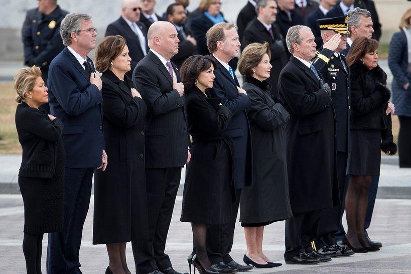 Pogrzeb George'a W. Busha Seniora: Rodzina żegna byłego prezydenta USA