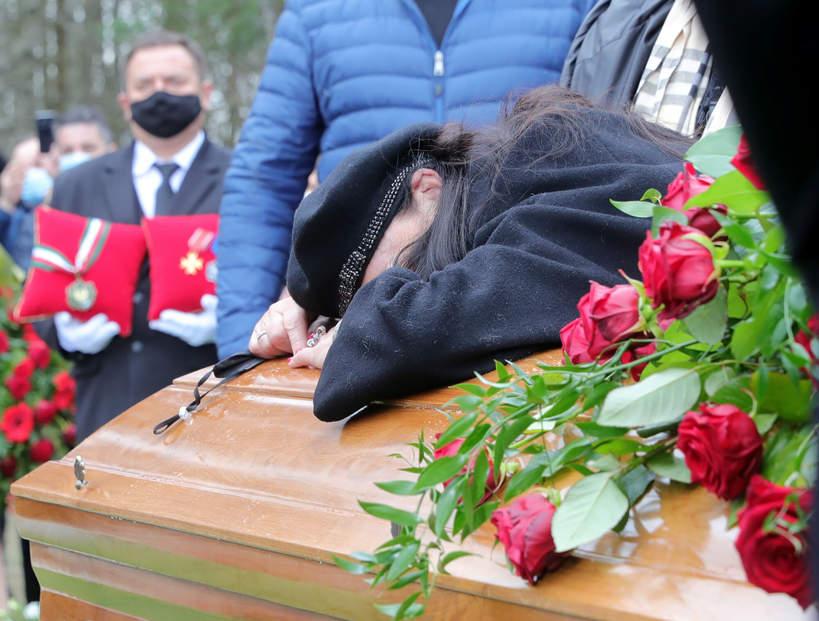 Pogrzeb Krzysztofa Krawczyka, Grotniki, 10.04.2021 rok, Ewa Krawczyk