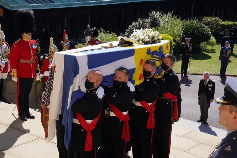 Pogrzeb księcia Filipa, trumna z ciałem księcia Filipa