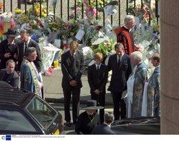 Pogrzeb księżnej Diany, Księżna Diana, Diana Spencer, brytyjska rodzina królewska