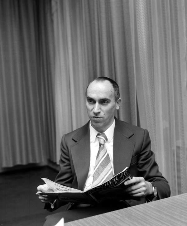 """prof. Adam Gierek, syn Edwarda Gierka i Stanisławy Gierek, Huta """"Zawiercie"""", styczeń 1975"""