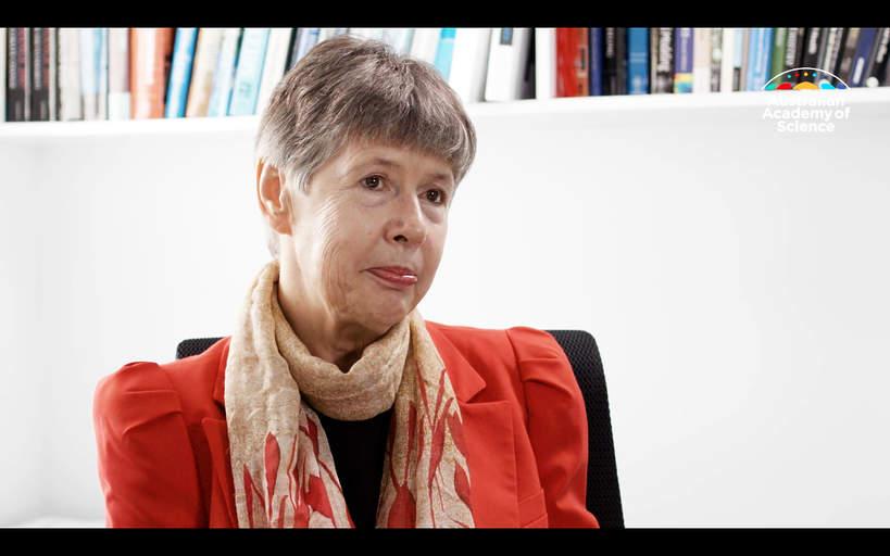 Profesor Lidia Morawska, Australian Academy of Science