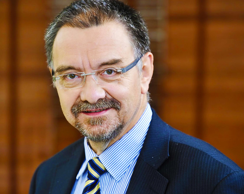 Profesor Romuald Dębski, kim był wybitny ginekolog?