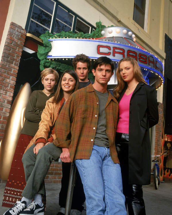 Roswell. W kręgu tajemnic, serial, 1999 rok, obsada: Jason Behr, Katherine Heigl, Majandra Delfino, Shiri Appleby, Brendan Fehr