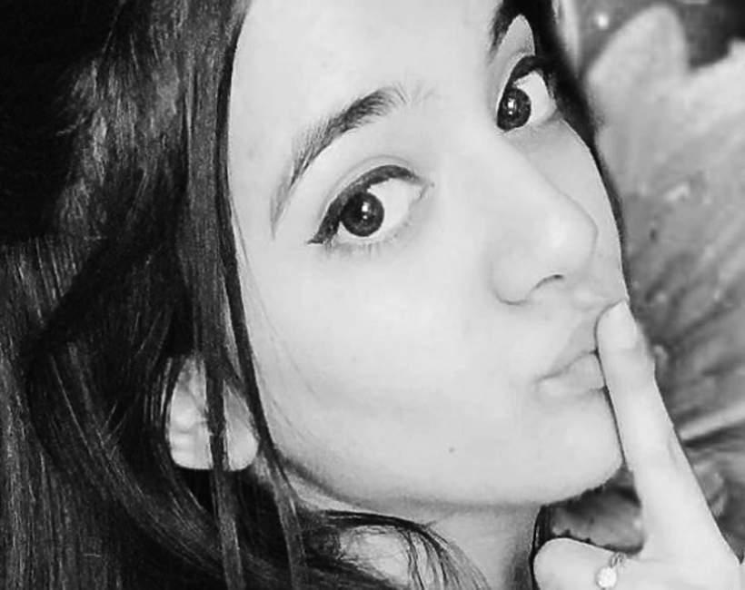 Siya Kakkar, Tik Tok, 16 latka popełniła samobójstwo