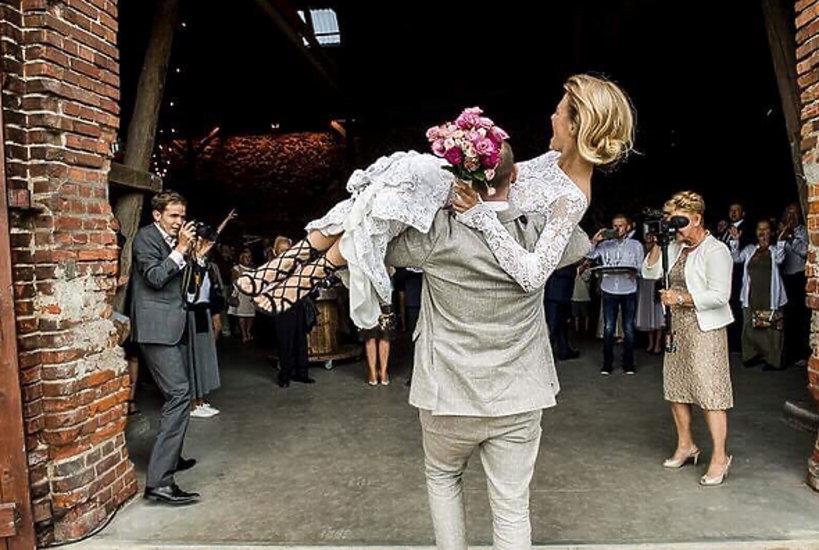 Ślub Emilii Komarnickiej-Klynstry, niepublikowane zdjęcia