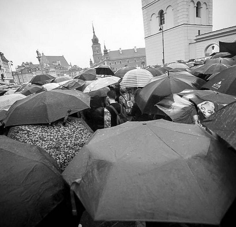 Strajk kobiet, czarny protest