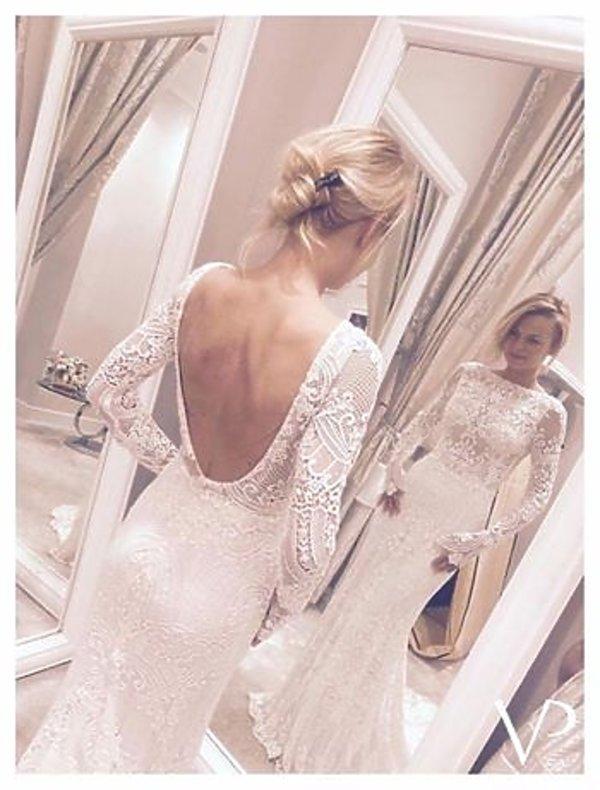 Suknia ślubna Emilii Komarnickiej, suknia autorstwa Violi Piekut