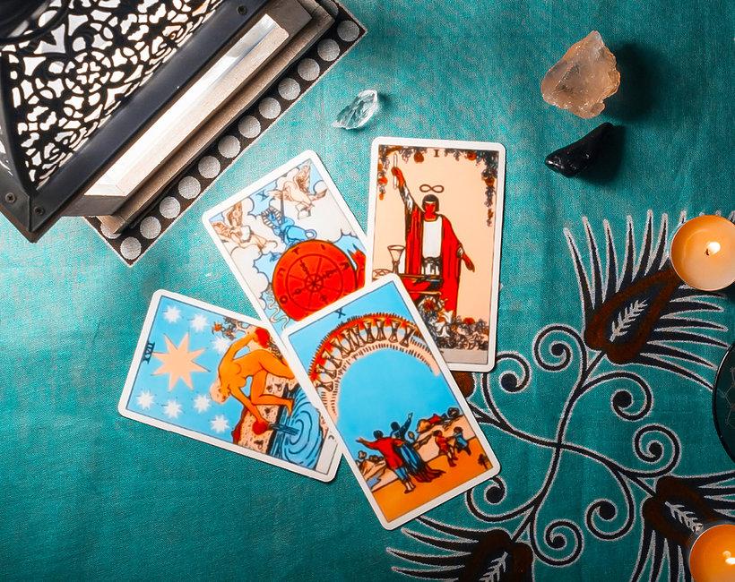 tarot, horoskop