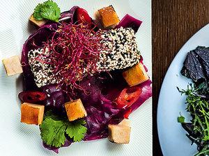 Tofu z czerwoną kapustą/Sałatka Fokim Seafood