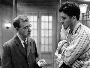 "Woody Allen w ""Cieniach we mgle"""