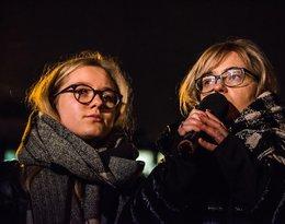 Żona i córka Pawła Adamowicza na wiecu w Gdańsku: Magdalena i Antonina Adamowicz