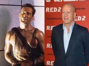 Bruce Willis goła klata i papieros, łysy Bruce Willis w granatowej marynarce i koszuli