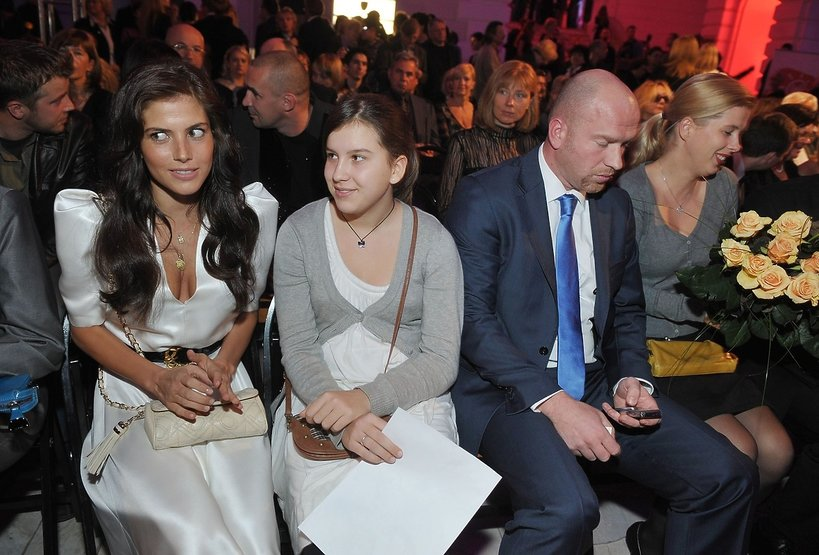 Weronika Rosati z bratem Marcinem